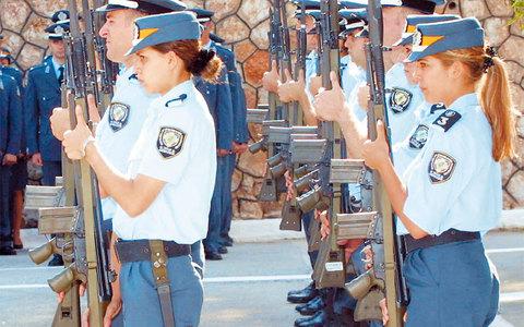 Προθεσμία υποβολής δικαιολογητικών για τη συμμετοχή υποψηφίων στις προκαταρκτικές εξετάσεις των Σχολών της Ελληνικής Αστυνομίας