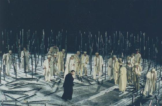 """Για τους """"Πέρσες"""" του Αισχύλου (2): ο Ξέρξης και η συνοχή της τραγωδίας"""
