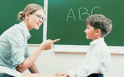 Εκπαιδευτικός: Επαγγελματίας ή λειτουργός;