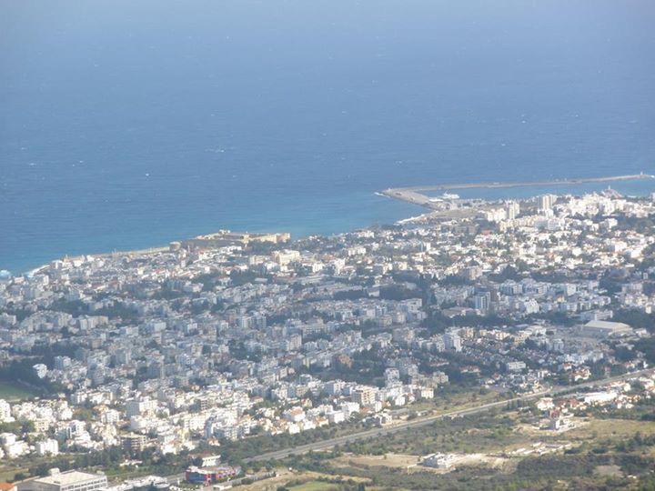 Εφτά ερωτήματα για το Κυπριακό