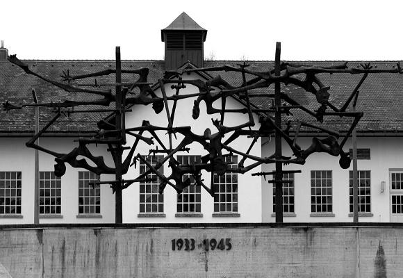 """Η ομιλία του Νίκου Φίλη στη Βουλή για την 27η Ιανουαρίου, """"Ημέρα Μνήμης των Θυμάτων του Ολοκαυτώματος"""""""
