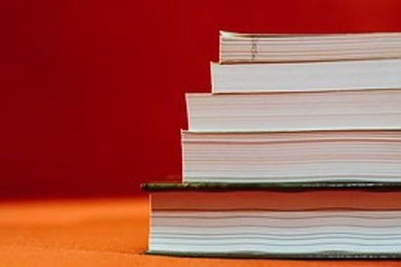 Τρία βιβλία, τρεις συγγραφείς
