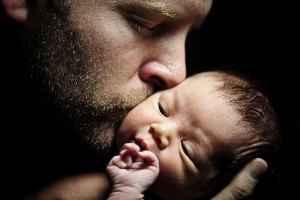 Πα-τέρας γίνεται οποιοσδήποτε… Μπαμπάς όμως… ΜΟΝΟ ο Αρσενικός στην ψυχή!