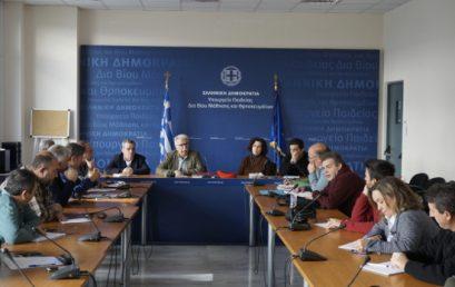 Τι είπε ο υπουργός στη συνάντηση με ΟΛΜΕ και ΔΟΕ