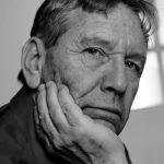Ανακοίνωση της Εταιρείας Συγγραφέων για τον θάνατο του Άμος Οζ.